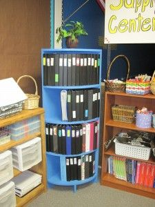 LOVE this rounded shelf!  Perfect for binders!!!