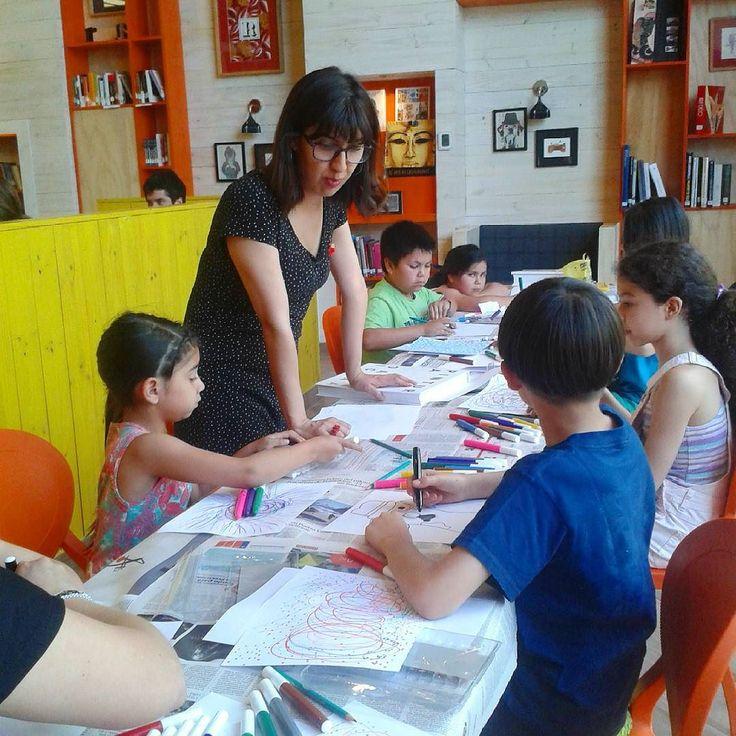 En el taller de ilustración para niños de Biblioteca Viva Egaña. Primera parte. ;). #tallerIlustracion #bibliotecaViva #JulyMacuada