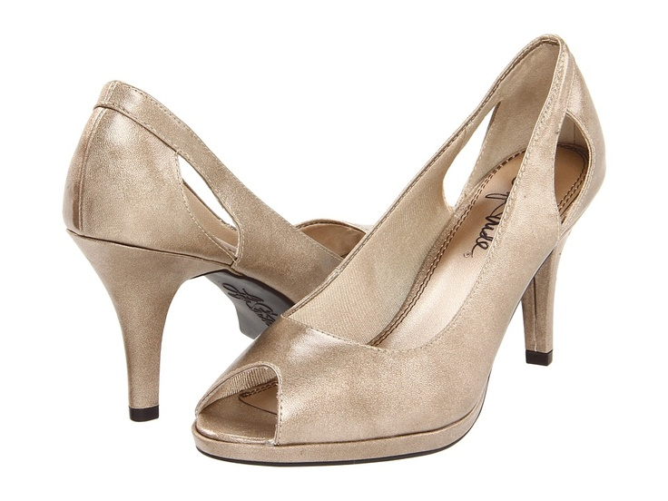 Ladies Wide Fashionable Shoes