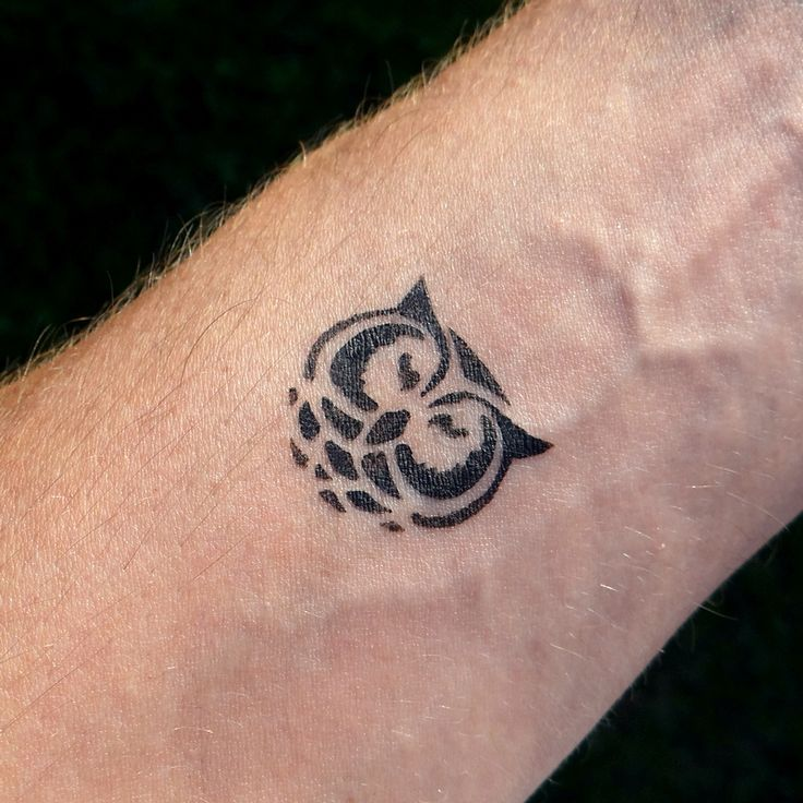 223 best images about temporary tattoos on pinterest lower backs petite tattoos and temporary. Black Bedroom Furniture Sets. Home Design Ideas