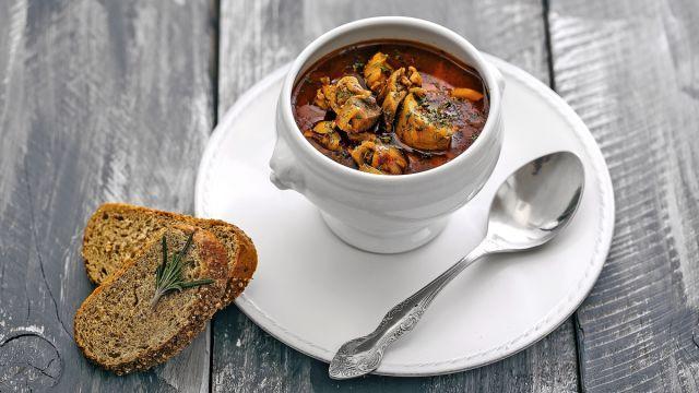 4 polievky, ktoré zahrejú na tele i na duši: S týmito receptmi budú raz-dva hotové, a tá božská chuť!   Casprezeny.sk