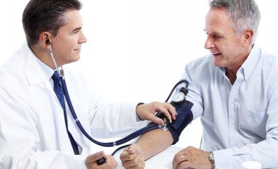 #doctor #salud Es necesario que todas las personas se realicen un chequeo médico por lo menos una vez al año que incluya: Un examen físico completo, medición de la presión arterial, medición del índice de masa corporal, con el fin de prevenir enfermedades ocultas que pudieran estar afectando la salud u otras molestias.