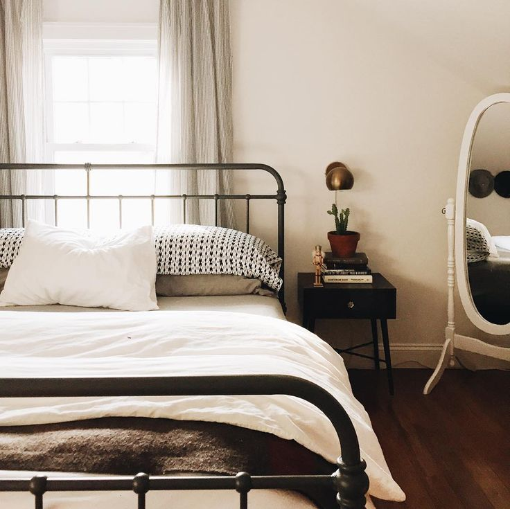 Best 25+ Wrought iron beds ideas on Pinterest | Iron bed ...