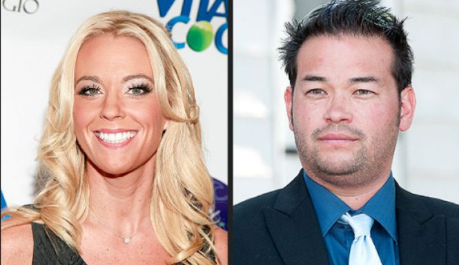 Jon Gosselin wants back in! The father of eight has hit rock bottom, recently being evicted from his apartment, and now he says that he's willing to give
