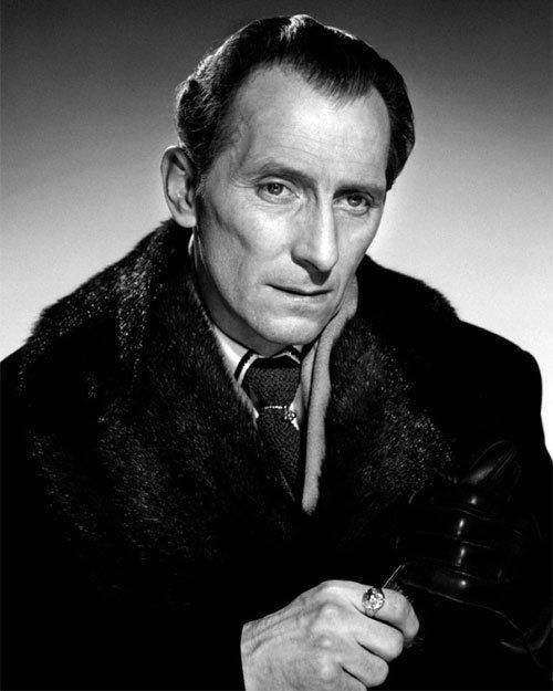 Peter Cushing Brides of Dracula