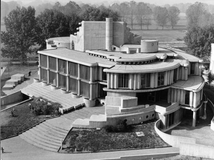 Town Hall (1963) in Segrate, Italy, by Guido Canella