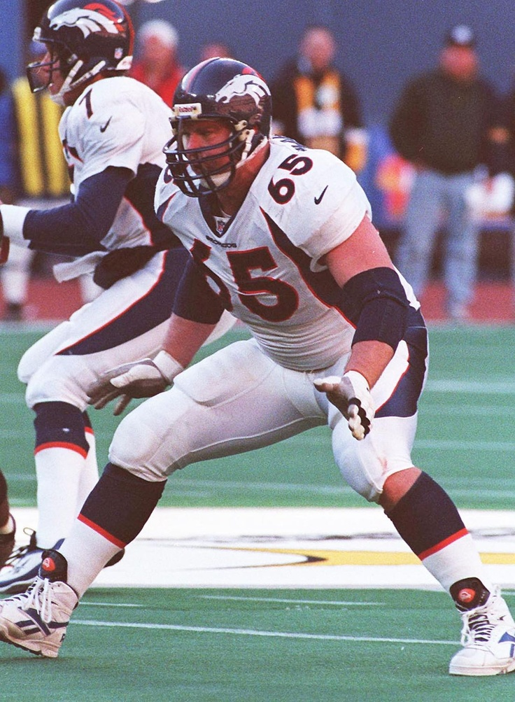 16 melhores imagens de Broncos no Pinterest  58d674fa302