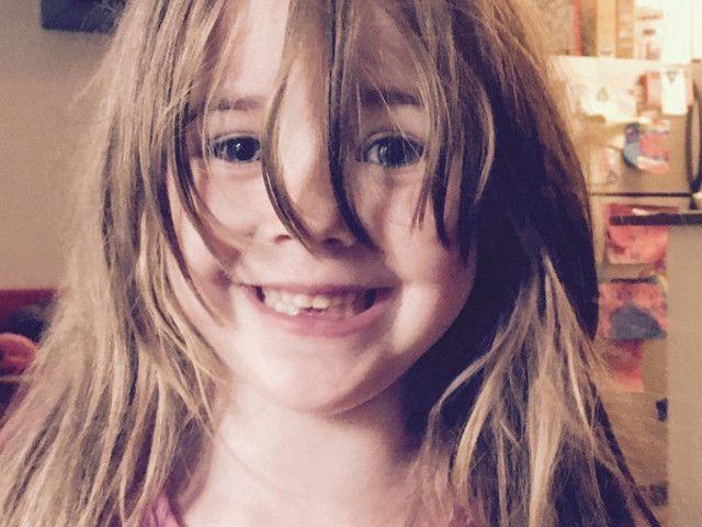 «Не носи платья»: мама дала советы пятилетней дочери, и это стало манифестом