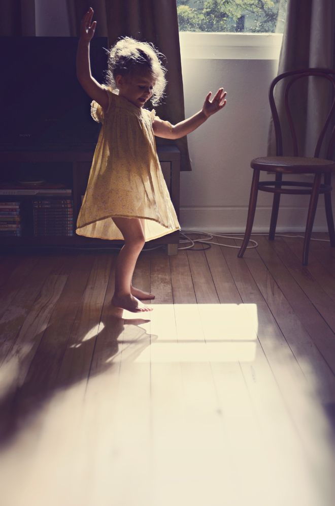 Sunlight dance