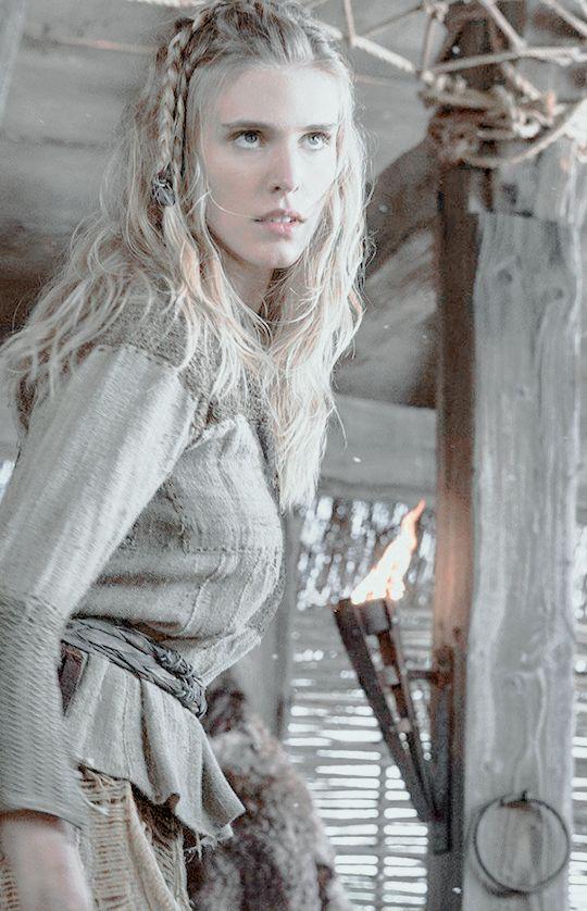 Porunn | Vikings season 2 | costume research: Vikings ...