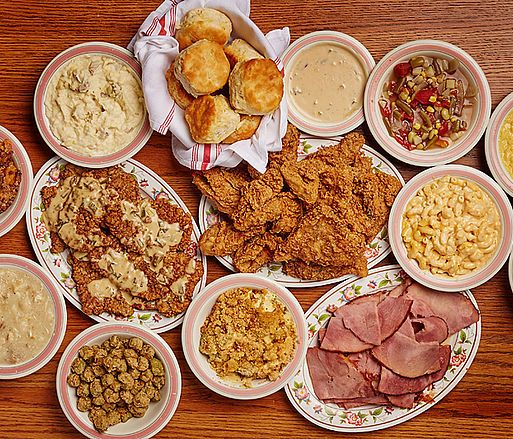 Mama's Farmhouse, Pigeon Forge, TN All-You-Can-Eat, Country Cooking. Served Family Style