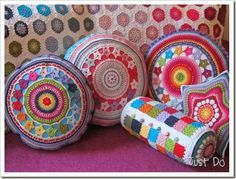 almohadones redondos hermosos