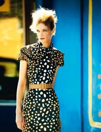 Шелковое платье, Dior; пояс, Marni