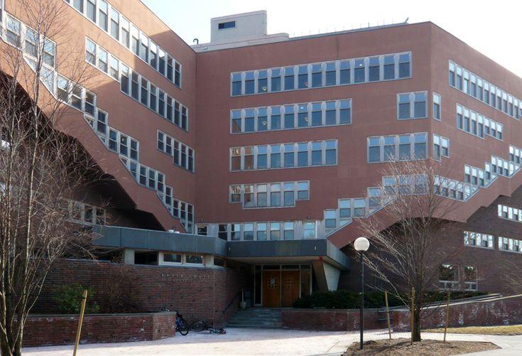 Baker House, Massachusetts Institute of Technology, 1946-1949; Boston, Massachusetts; Alvar Aalto.
