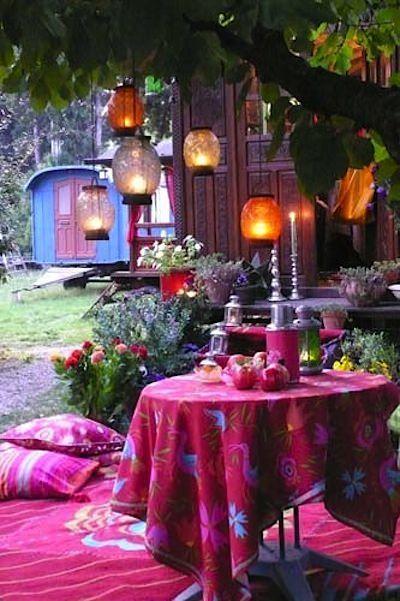 "Basically glamping. ""14 Bohemian style gardens Decoration"""