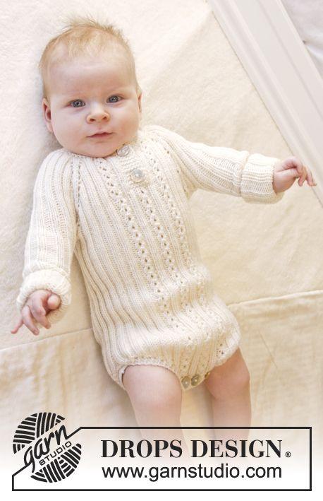 Ribstrikket body strikket ovenfra og ned med raglan og hulmønster til baby i DROPS BabyMerino. Str præmatur - 4 år