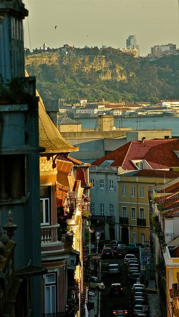 Lisbon Old Street!, Wonderful !!!