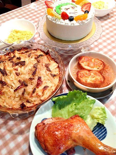 子どもの誕生日です - 10件のもぐもぐ - ローストチキン*オニオングラタンスープ*ヤンソンさんの誘惑*ちらし寿司 by imotomochi