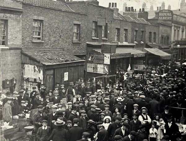 East St Market, c.1910 | The Markets Of Old London : one of the locations where…