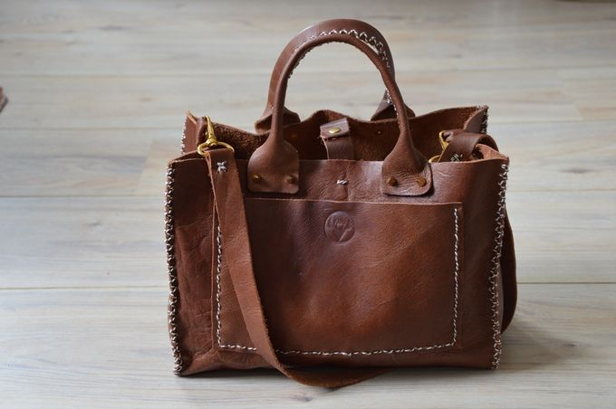 Handmade leather satchel. Available on the Karu Kickstarter campaign. Check it out :)