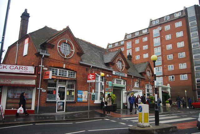 Thornton Heath Railway Station (TTH) in Surrey, Surrey