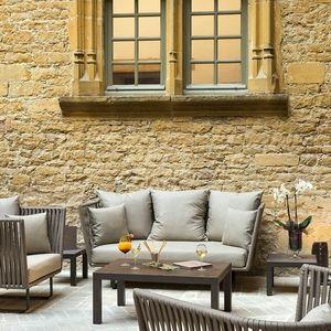 Pour un moment privilégié au Château de #Bagnols, Régalez vos sens et jouissez d'instants de purs #plaisirs, vos hôtes s'occupent de tout !. Un bijou dans un écrin de verdure. Nous vous assurons l'excellence - Envie d'une réservation spéciale ? Dites-le nous en cliquant sur 'Devis' ci-dessous. 75016 #Paris