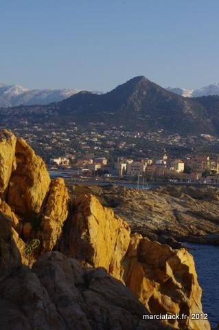 Carte postale de Corse : L'île Rousse et Calvi - Voyage - Marcia 'Tack
