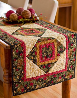 Festive Table Toppers this one and 9 others in a variety of styles, most with free patterns.