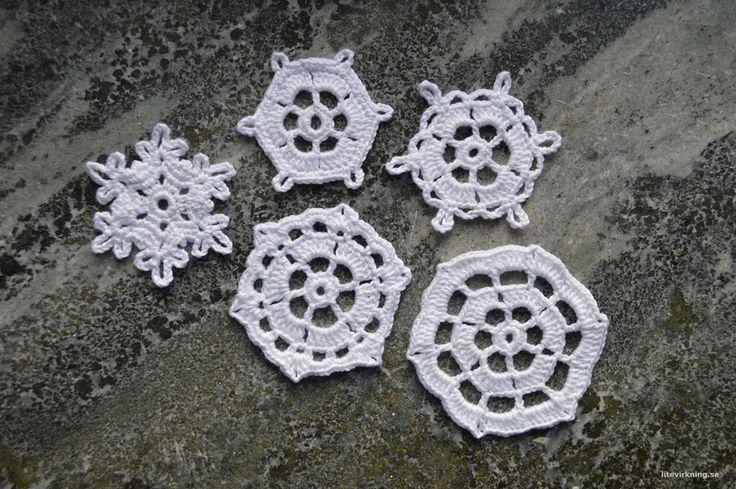 """Litevirkning - Virkade snöflingor från boken """"100 snöflingor att virka"""". Crochet snowflakes from the book """"100 snowflakes to crochet"""""""