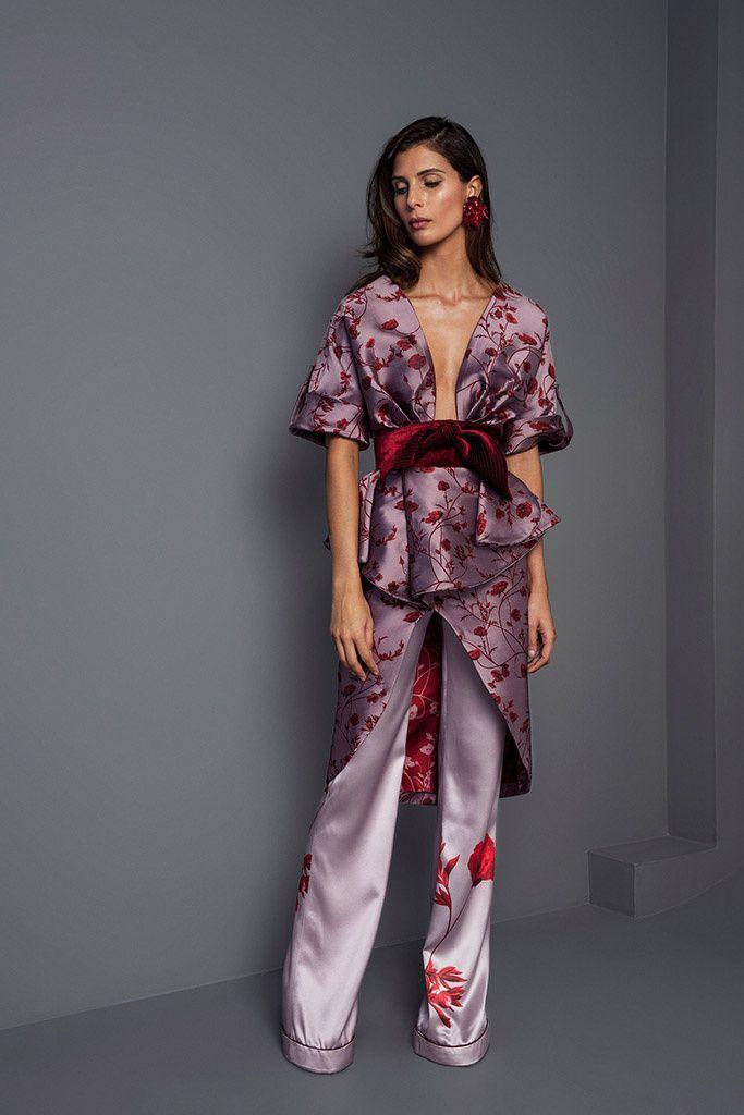 Johanna Ortiz Me encanta el estilo de la blush japonesa con el cinturon para fiesta