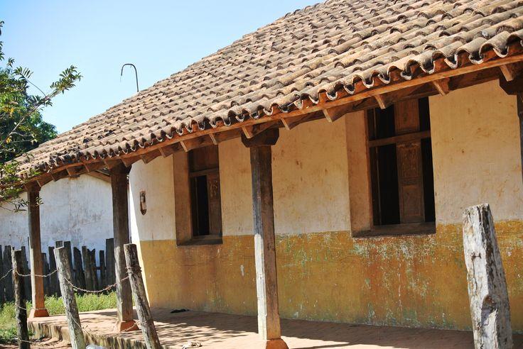 16 best casas con historia images on pinterest history for Casa la mansion santa cruz bolivia