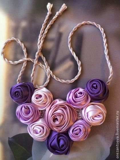 "Колье ""Вдохновение"". Handmade. #jewelry #necklace #textile #rose"