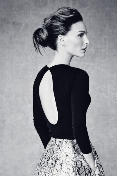 Natalie Portman by Paolo Roversi | Dior Magazine # 5. I ♥ the top and the bun