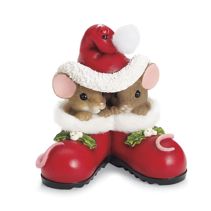 Charming Tails Christmas Mice 1 of many series for Christmas