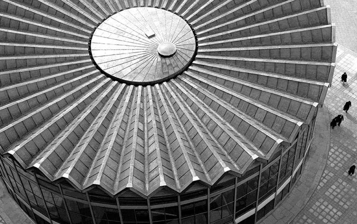 Rotunda PKO Bank Polski 1966 by Zbigniew Karpiński