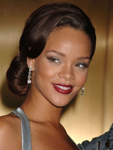 old hollywood hairstyles for black women | ... diva rihanna s classic chignon is deal for black tie affairs br br a
