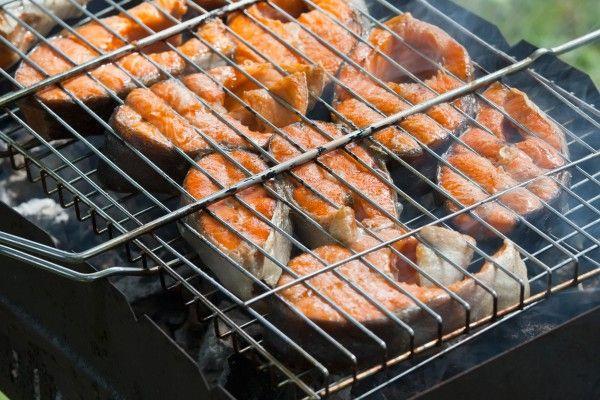 Запеченный лосось на гриле