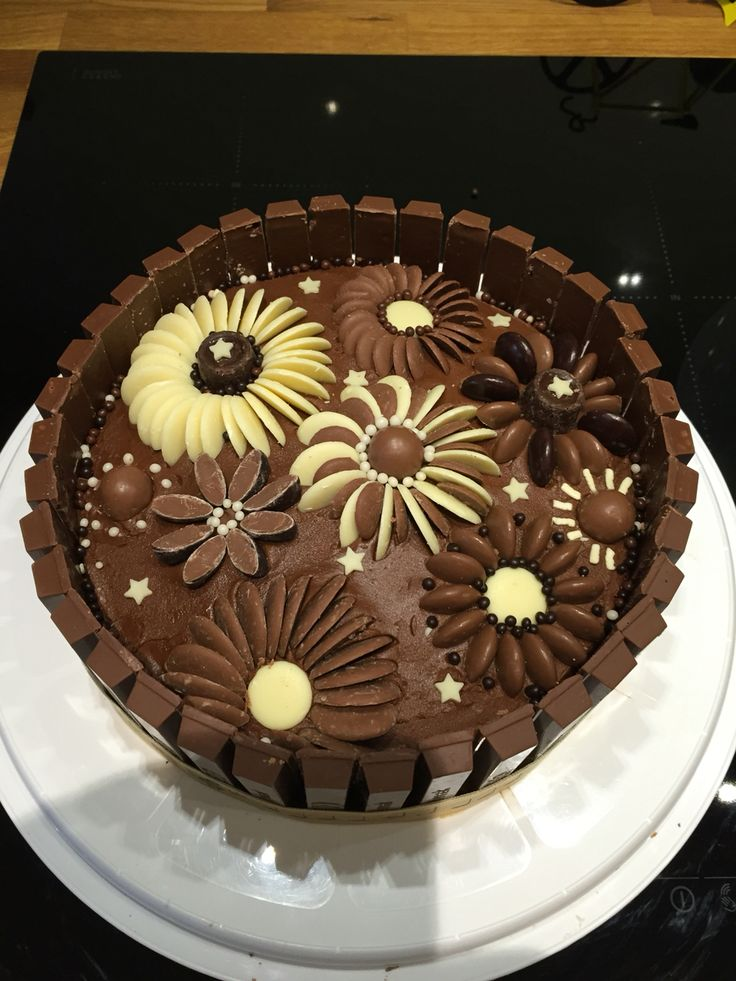 9 best birthday cakes images on Pinterest Anniversary cakes
