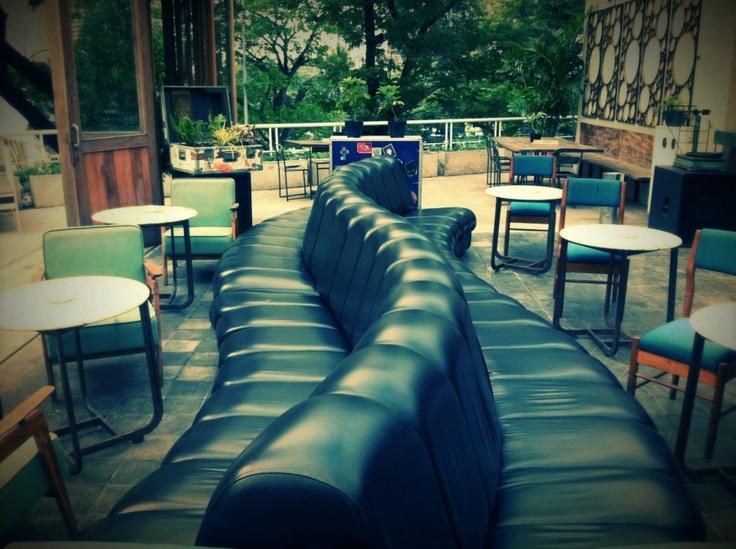 Lucy in the Sky- #rooftop garden bar & restaurant #Jakarta | Hello Asia Travel