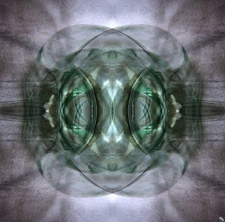 """""""Aquella teoría que no encuentre aplicación práctica en la vida, es una acrobacia del pensamiento"""" (Swami Vivekananda)"""