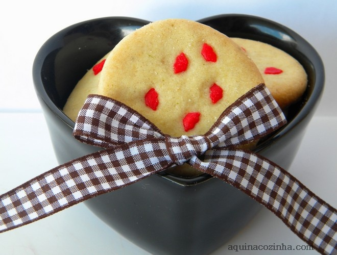 Quero fazer biscoito, mas não tenho cortador, como faço?: Coleção Desejo