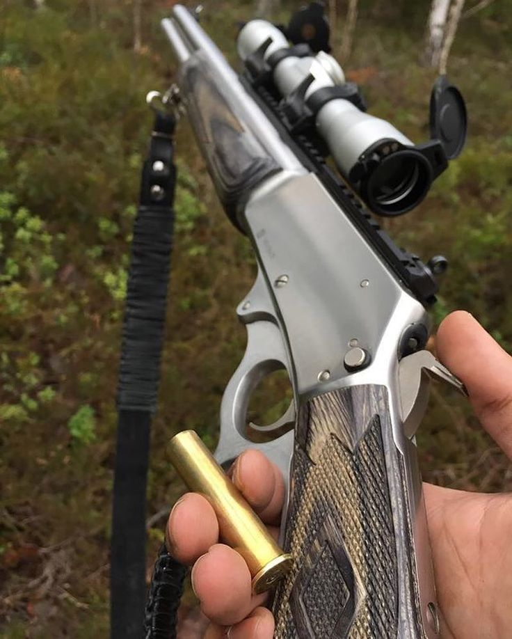 Hunting dinosaurs ain't no joke  One deer down #hunting #jakt #jagd #jagt #jaktforlivet #älgjakt #moosehunting #deerhunting #roedeerhunting #1895sbl #4570 #drivenhunt #outdoors #chasse #caza #leveraction #boarhunting #vildsvinsjakt #drevjakt #levergun #bi
