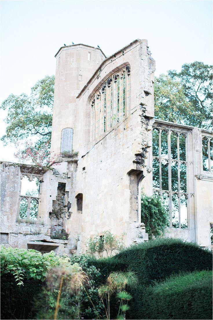 Sudeley Castle wedding venue, uk wedding venue, Sudeley Castle gardens
