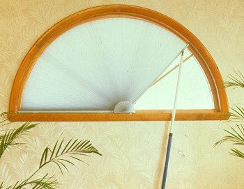 Moveable Arch shade with pole