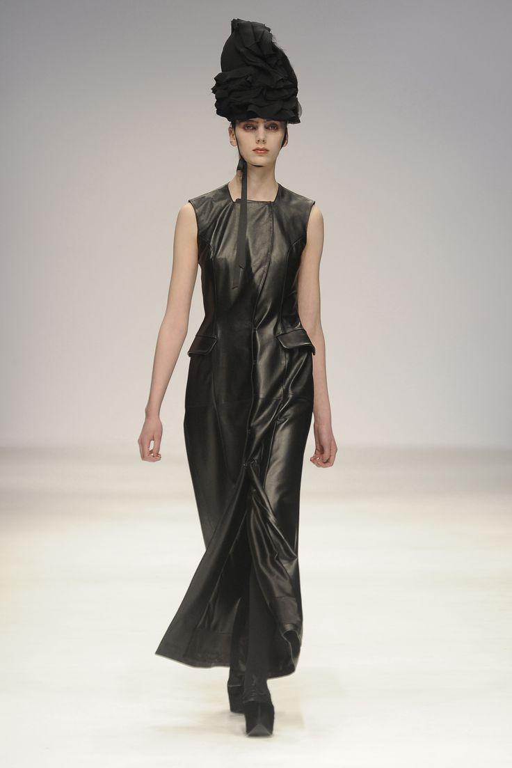 John Rocha AW10 #catwalk #fashion #lfw #designerwear #readytowear