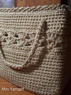 Mrs Yarnart: Crocheted bag