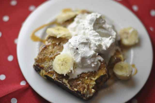 Banana Bread French Toast....what's not to not love about this? Banana ...