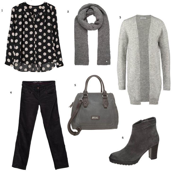 grijze fluwelen broek en blouse met noppen.