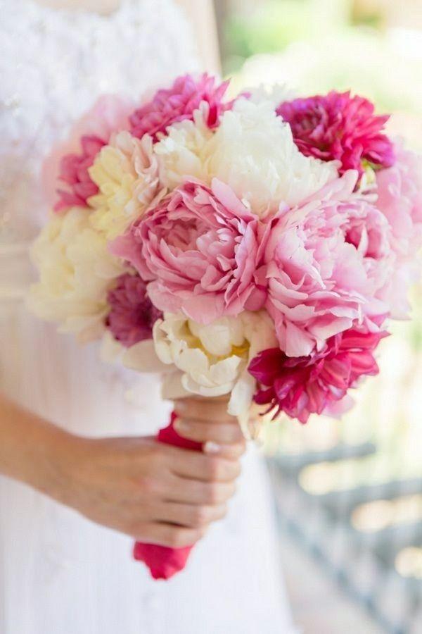 Les 25 meilleures id es concernant pivoines roses sur for Bouquet de fleurs wine