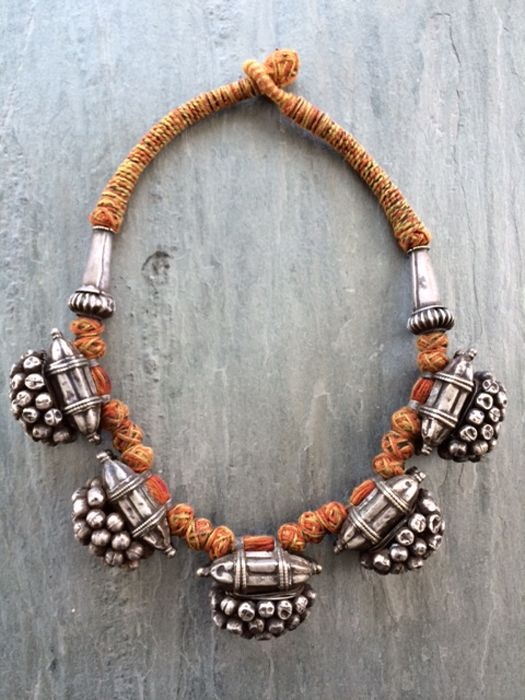 India | Old necklace from Rajasthan | Silver on twine and cord | 1'395$